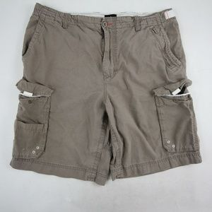 Lanesboro Men's Cargo Short  Brown Flat Front